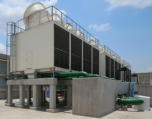 Ozone-Cooling-Tower-in-Hotel,-office-building